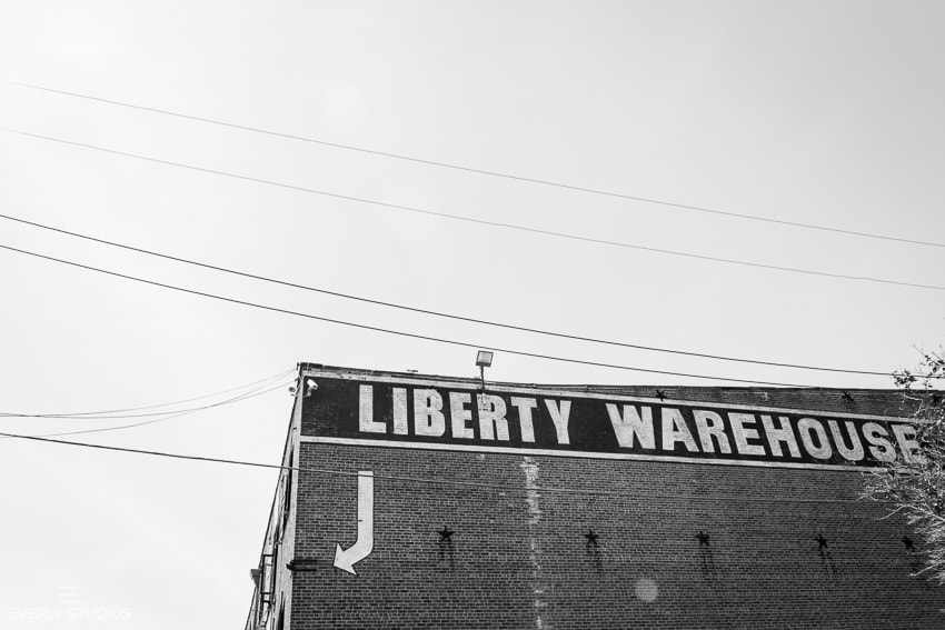 Liberty Warehouse wedding in Red Hook, Brooklyn. Photos by Everly Studios.